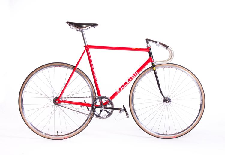 Raleigh's Replica Nelson Vails' 1984 Olympic Track Bike by Don Walker