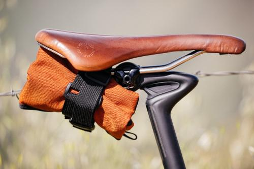 Swift Industries saddle roll.