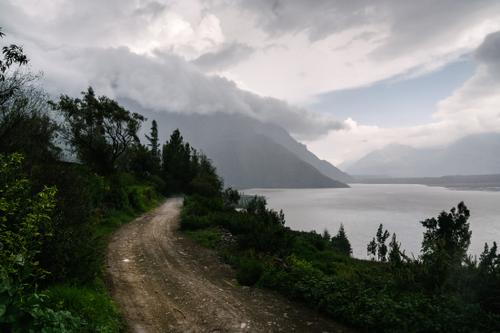 The road around Laguna De Chachas