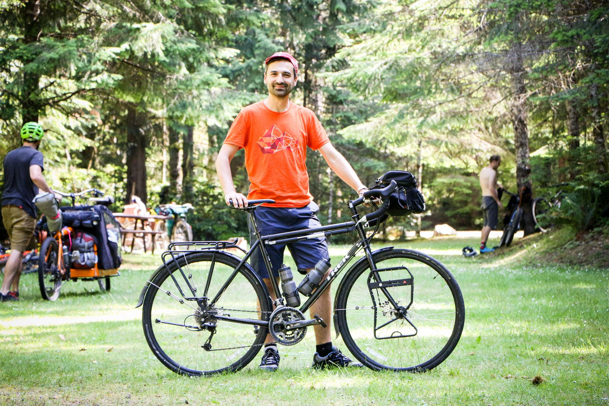 Daniel and his Trek 520
