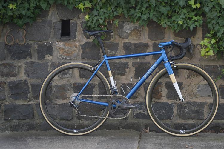 FYXO: Prova Cycles Razzo Road with Campagnolo EPS