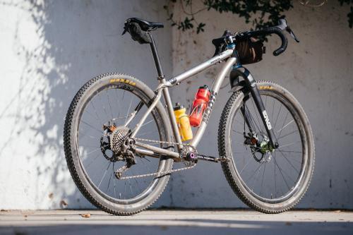Drop Bars Make it Hot: Mike's Moots MootoX RSL Dirt Drop MTB