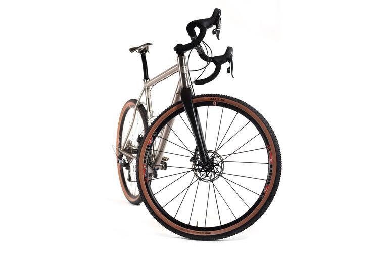 44 Bikes Unveils a Titanium Huntsman