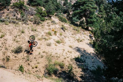 horizontal hike a bike
