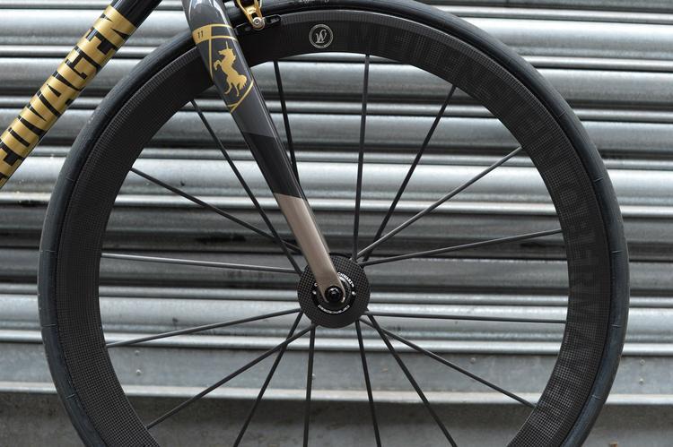 FYXO: Black and Gold Speedvagen Road