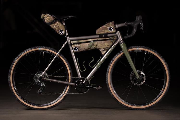 2018 NAHBS: Mosaic Cycles OD GT-2 with JPaks Bags