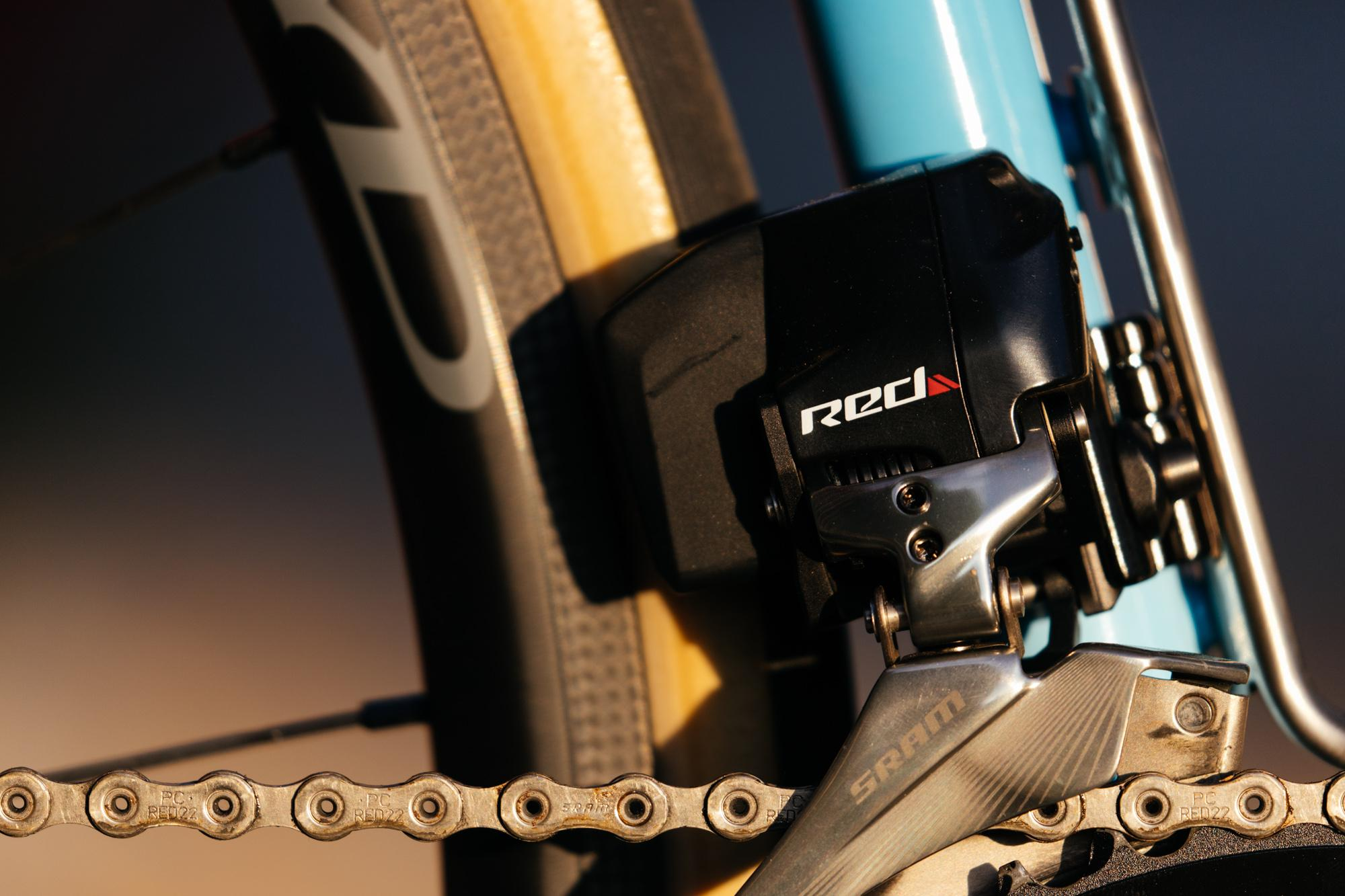 Mason's Stinner Kerouac On the Road with SRAM Red eTap