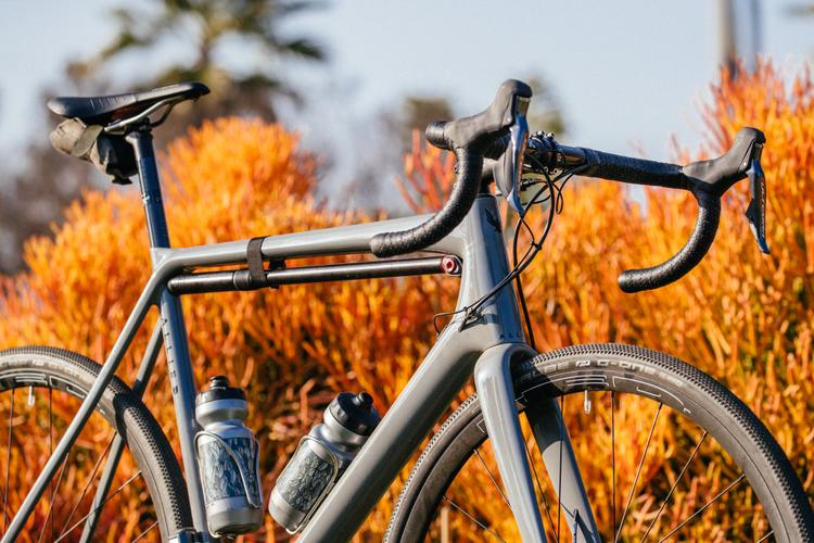 Carbon Artistry and the Allied Alfa Disc All-Road Bike