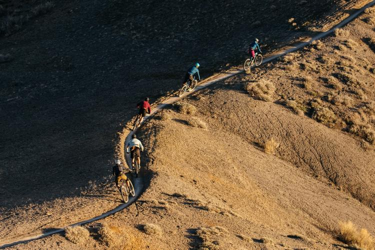 Riding Ridges at Sunset and Scratching the Sandstone Surface in Fruita… Also, Fanny Packs