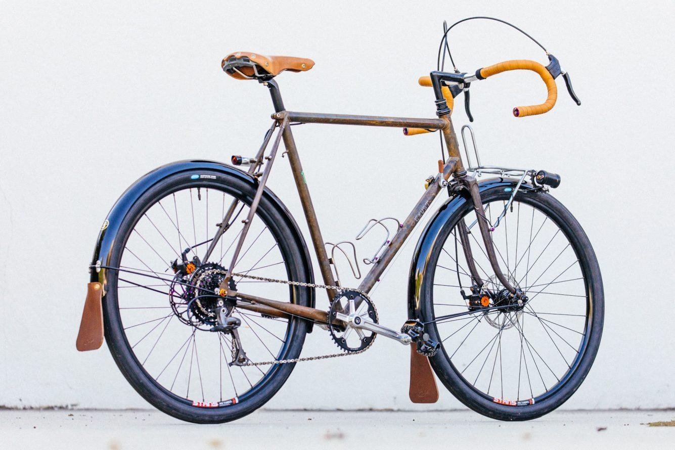 Golden Saddle Rides: Scott\'s Stripped and Raw Crust Bikes Romanceur ...