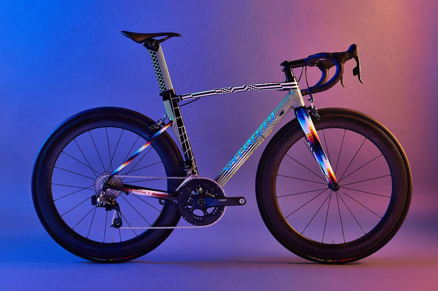 That Pantone x Romance Allez is Up For Auction
