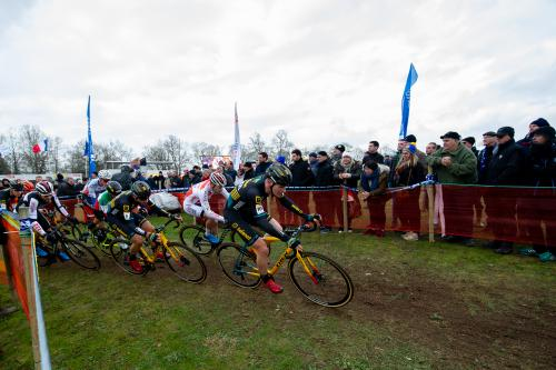 Pack racing averaged 28 kilometers per hour on the blistering fast Pontchâteau World Cup Course. Thijs the younger (Aerts) leads the elder Van Der Poel (David) through the second corner on course.