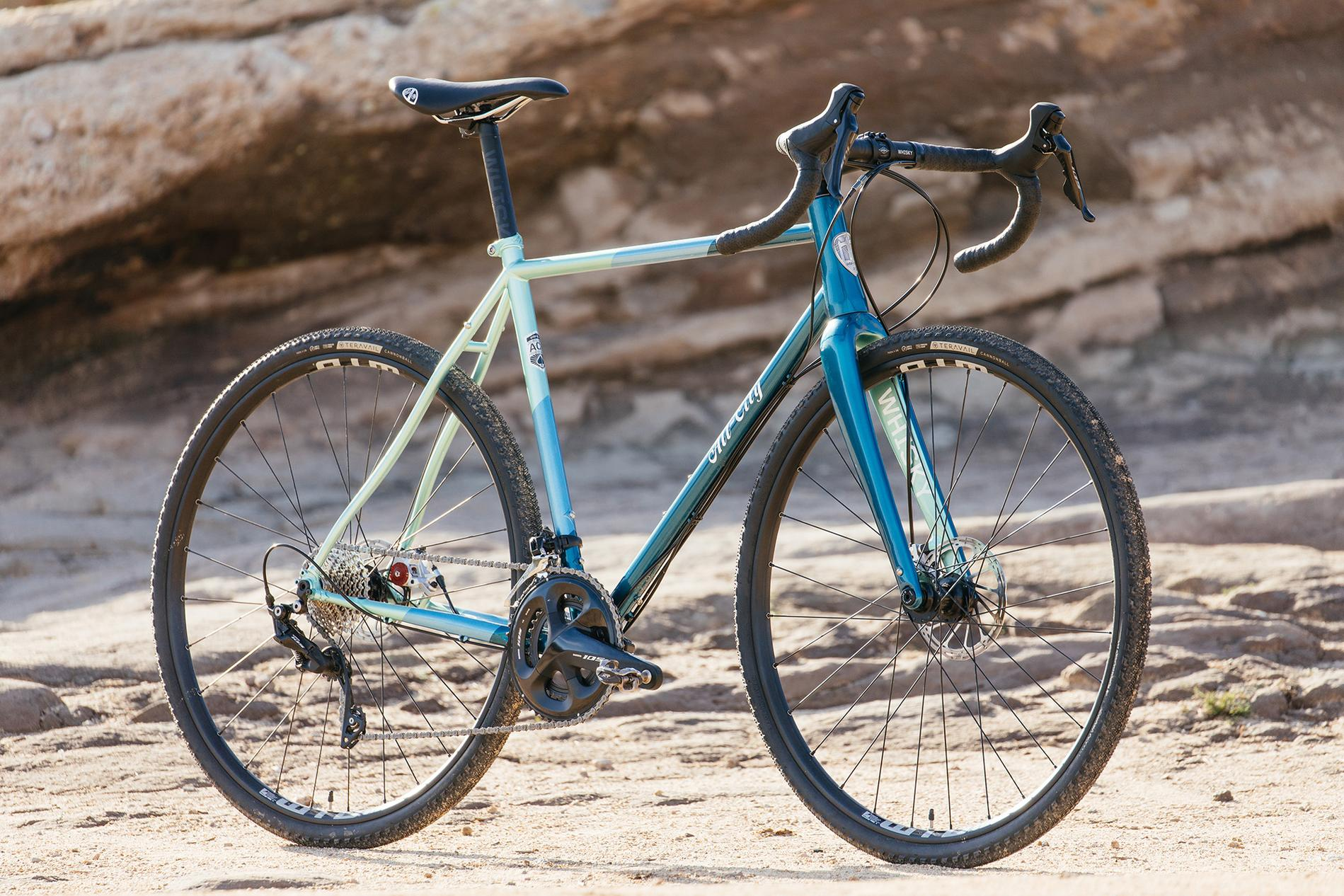 A Sci-Fi Backdrop for the New 105-Equipped All-City Cycles Cosmic Stallion