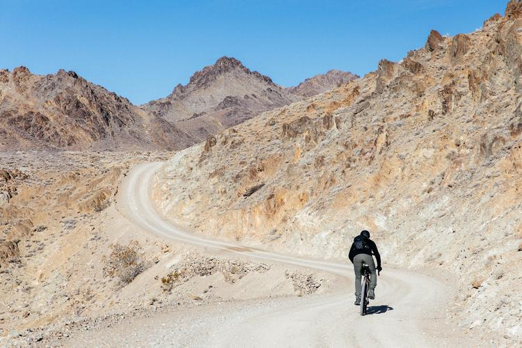Into the Inyo Mountains: Disconnecting in Cerro Gordo