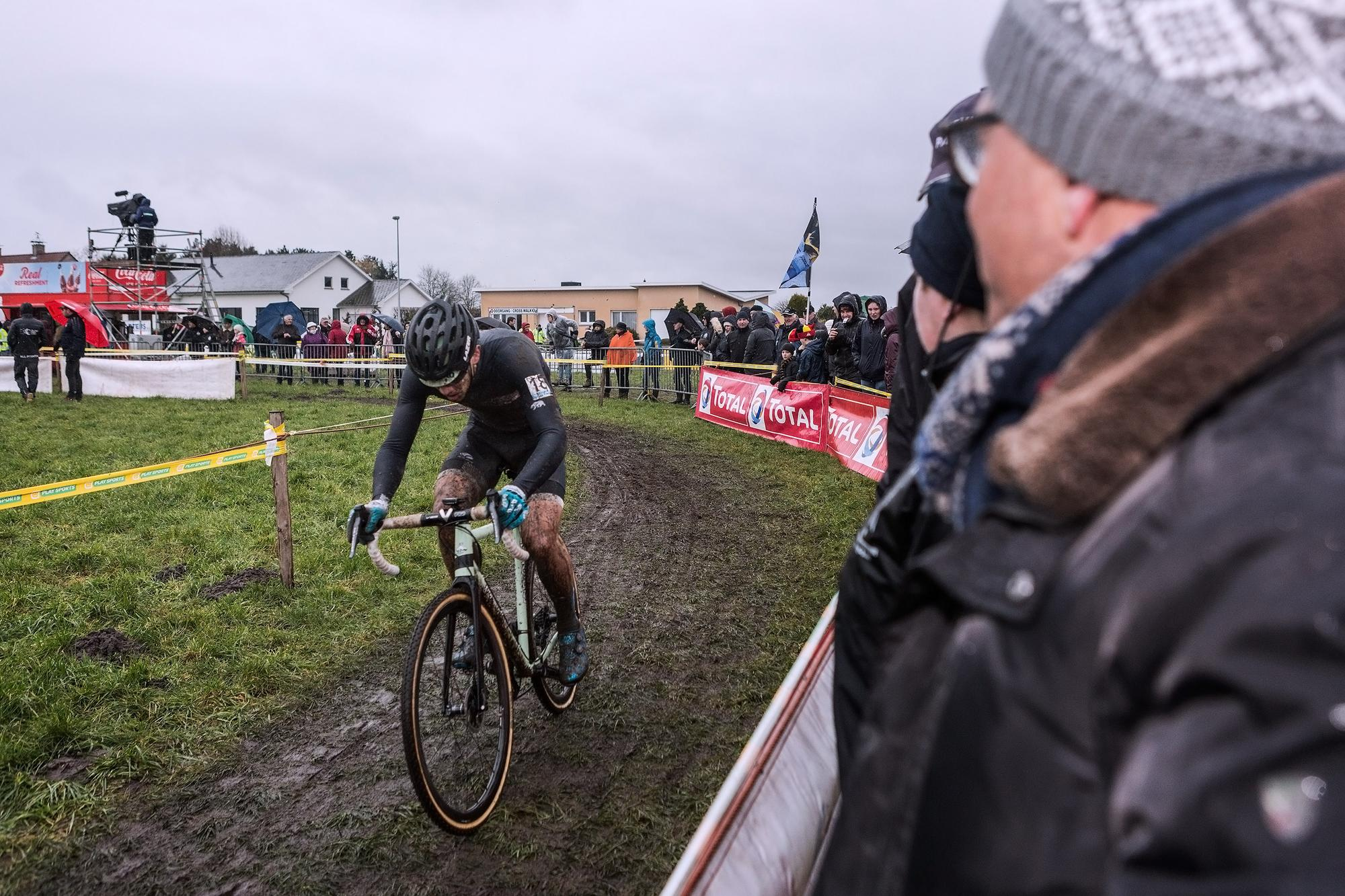 Veld Notes: Rubber Side Up Hoogstraten Belgium