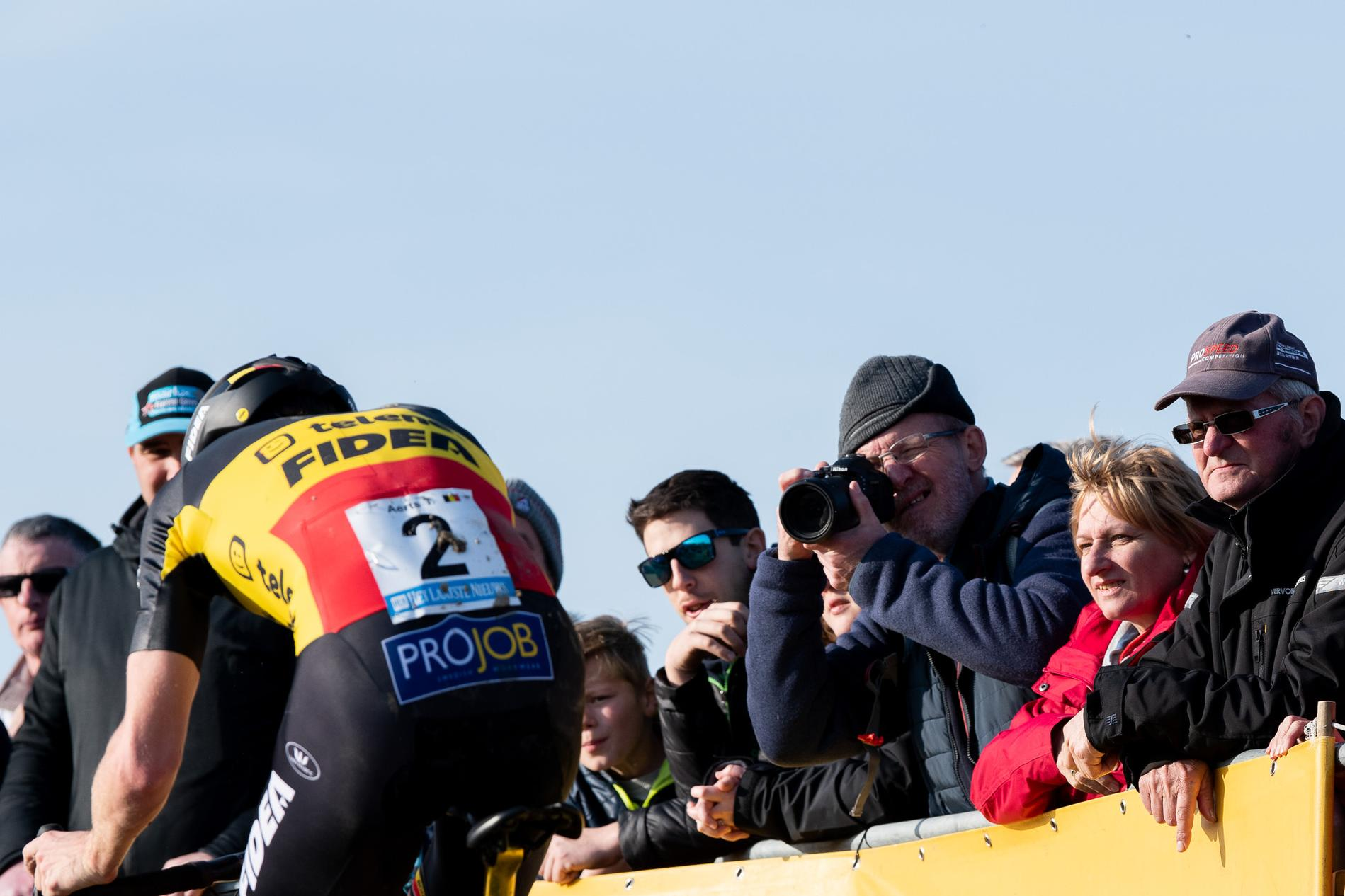 Veld Notes: Faces in the Flemish Cyclocross Crowd