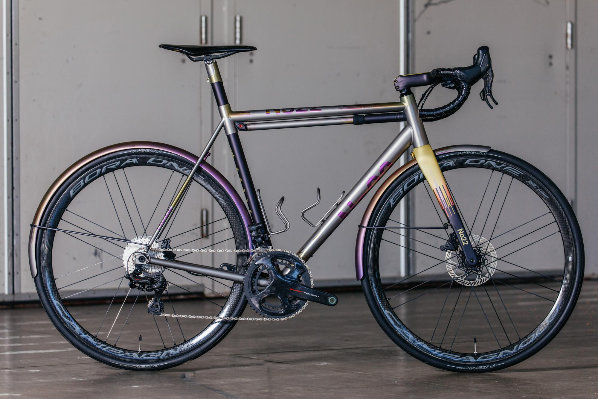 No 22 Aurora Disc Road Bike