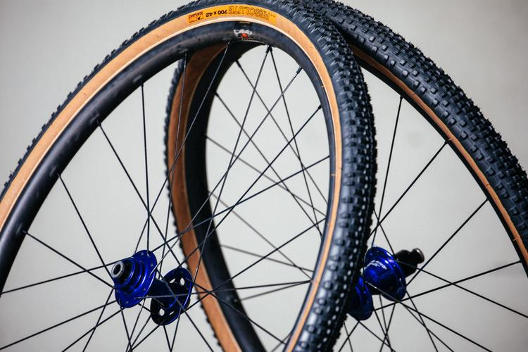 NAHBS 2019: Santa Cruz 650b and 700c Reserve Wheels for All Road Bikes