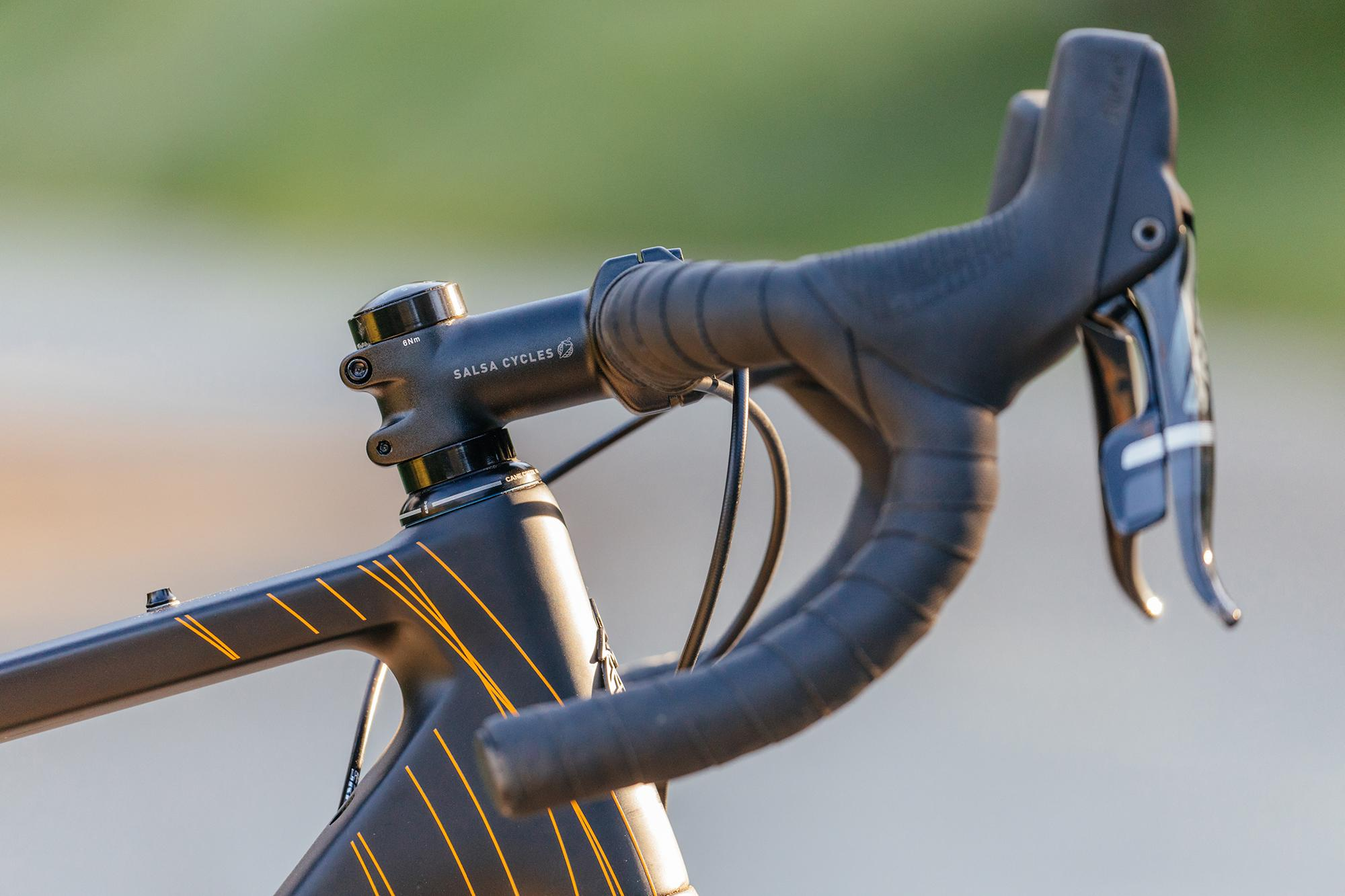 Warroad Carbon FORCE 1 700