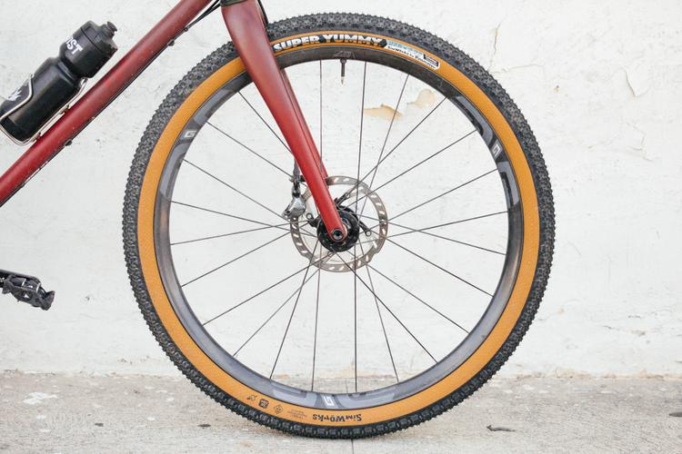 If You Can Fit It Run with It: Sim Works Super Yummy 27.5 x 2.22″ Tires