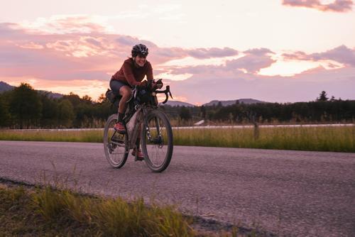 Lael rolling past whitefish at sunset (Spencer Harding)