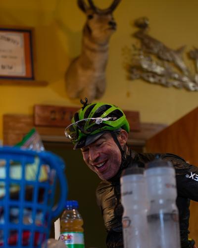 Evan Deutsch refuels in Ovando, Montana.(Rugile Kaladyte)