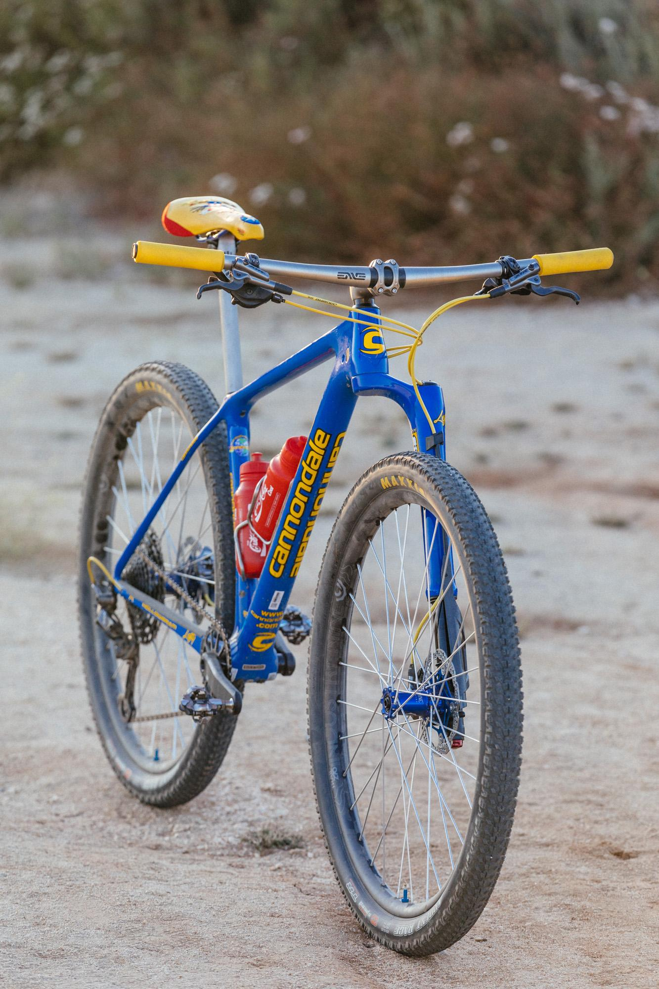 A Cub House Built Cannondale F-SI Throwback