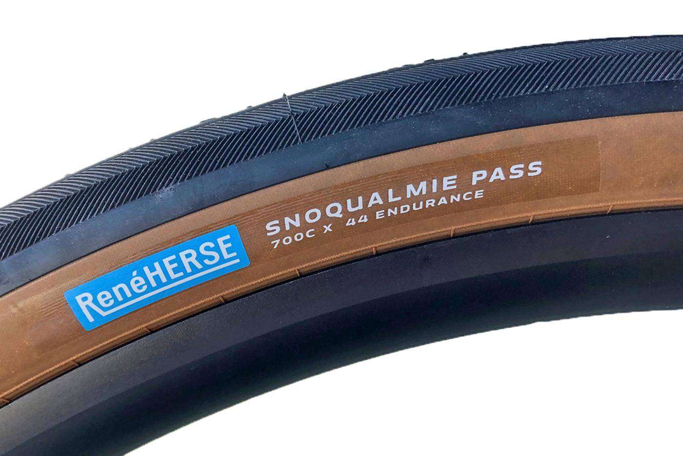 René Herse: 700C x 44 Snoqualmie Pass with the Endurance Casing