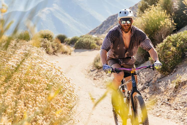 Outside Online: Pat Cummins is a UFC Fighter that Rides a Rigid MTB