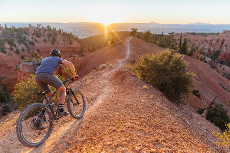 Riding Utah's Thunder Mountain: a Trail with Residual Harmony on Santa Cruz Reserve 37 29er Wheels
