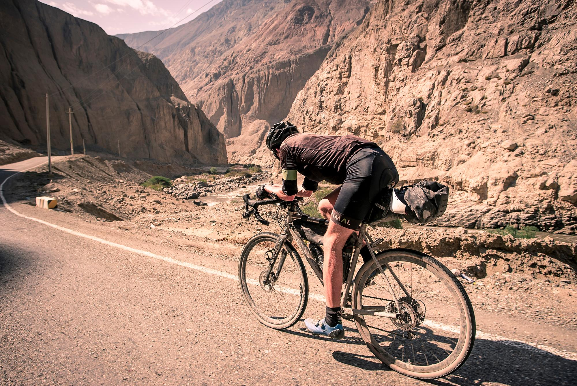 Chasing Jonas Deichmann on the Bikingman Peru Inca Divide