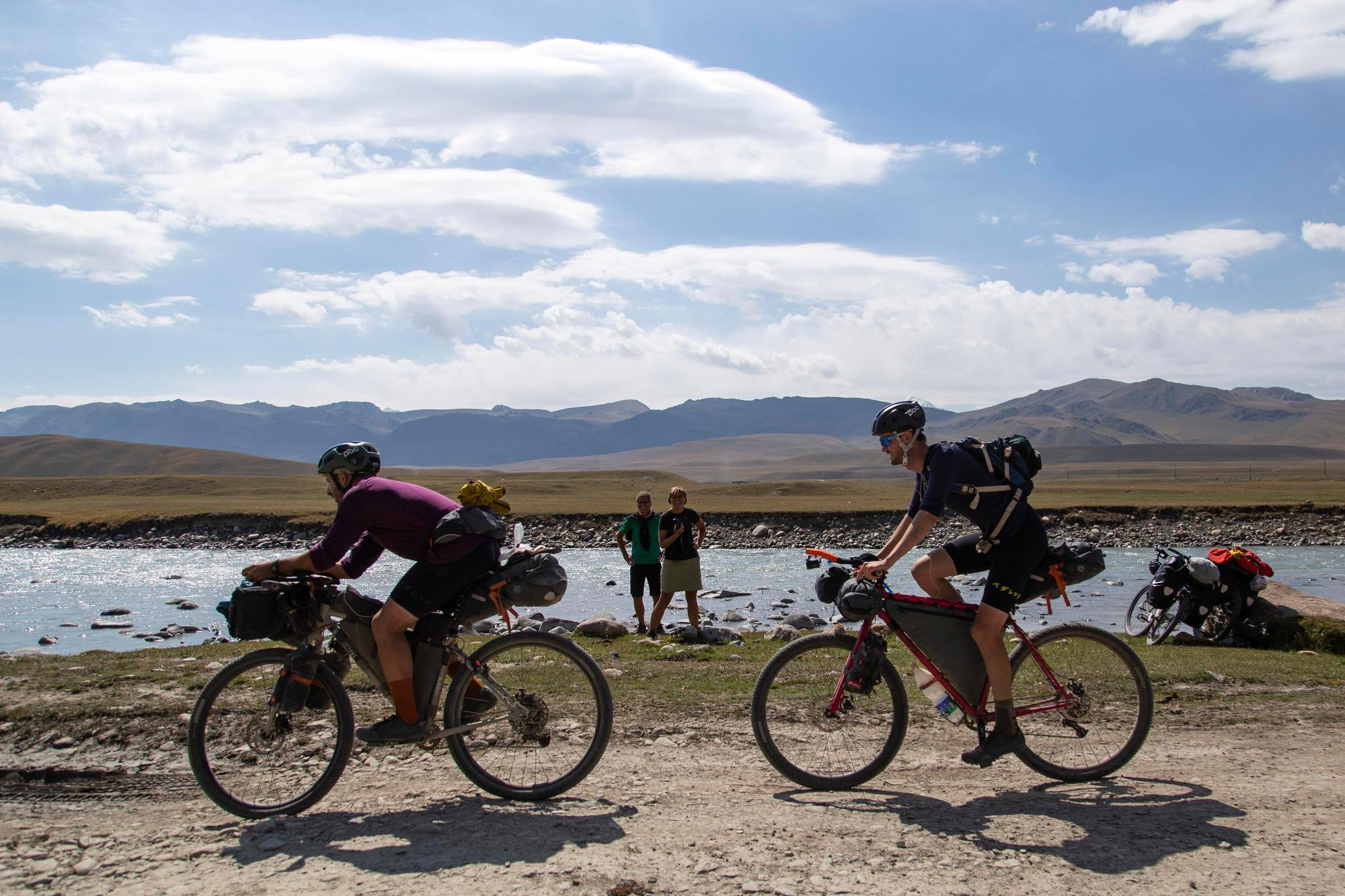 Stefan Amato and David Sear ride towards checkpoint three. (Rugile Kaladyte)