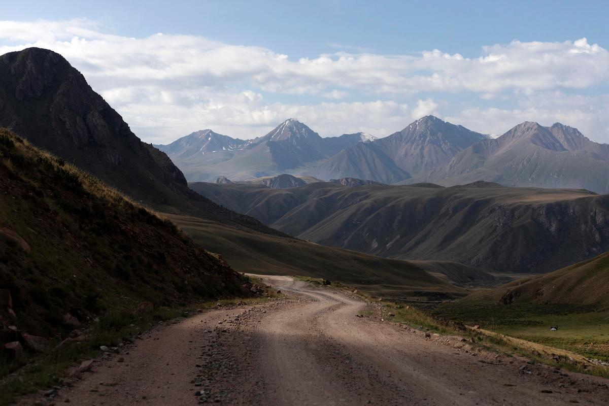 The World is Big and the Mountains are Tall: Lael Wilcox's Silk Road Mountain Race 2019 – Part 4 – Rugile Kaladyte & Lael Wilcox