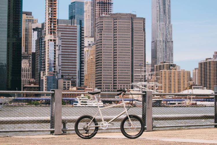 Velo Orange's Neutrino: A Minivelo with Big Capabilities