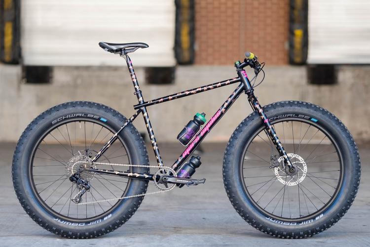 Philly Bike Expo: Mars Cycles Fatbike Rover with Iozzio Stem Cap One-Hitter 'Shotgun'