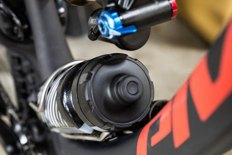 Pesky Reservoir Shock In the Way of Your Bottles? Try the Wolf Tooth B-Rad Bottle Shift
