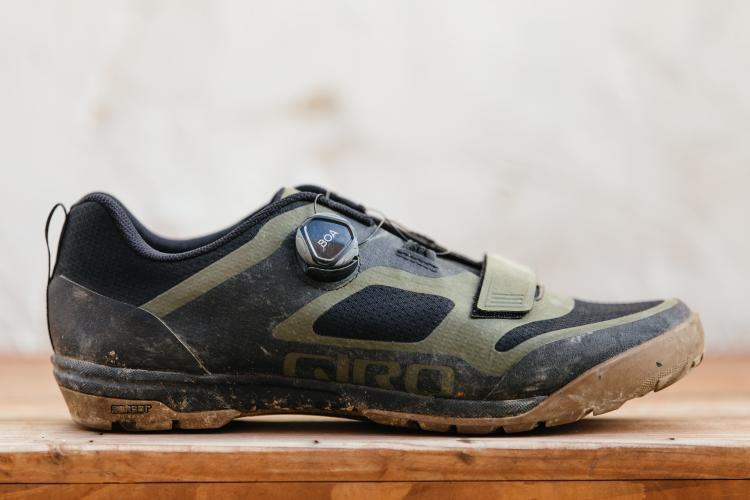 Giro's Ventana Shoes are the In-Between Shoe for Gravel and MTB