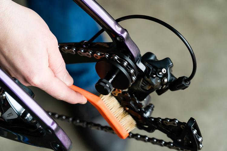 Robert Axle Project and McGovern Cycles' Drive Thru Drivetrain Cleaner