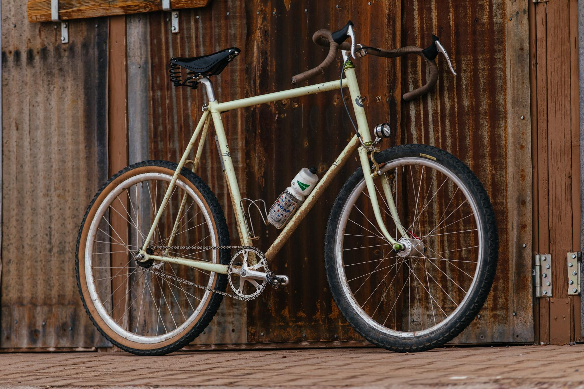 Ronnie Romance's Madrean Ultradynamico Country Fixed