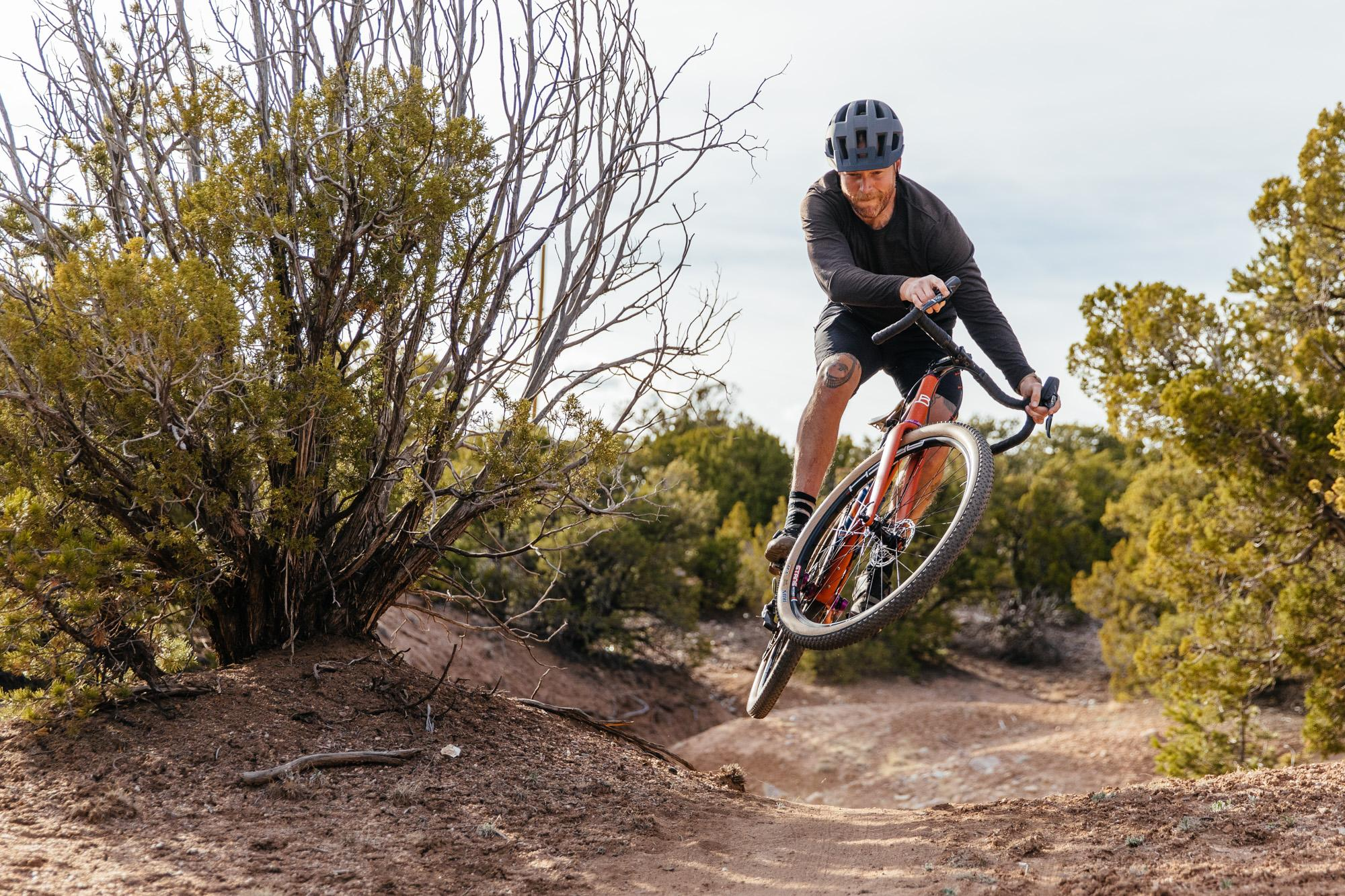 Bice Wandrian 29er Gravel / action shot by Cari Carmean