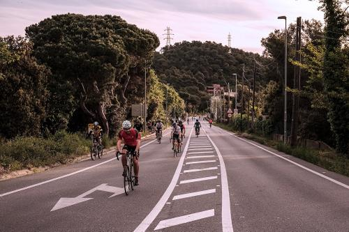 Biycle traffic on the main road to Cerdanyola.
