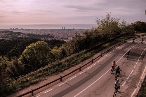 Vistas galore on the climb to Tibidabo.