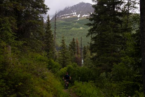 Aaron Thrasher on Johnson Pass. (Rugile Kaladyte)