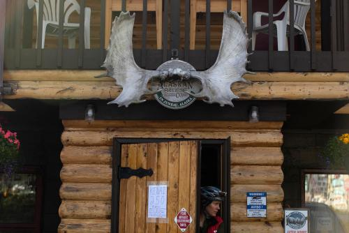 Trail Lake Lodge in Moose Pass, Alaska. (Rugile Kaladyte)