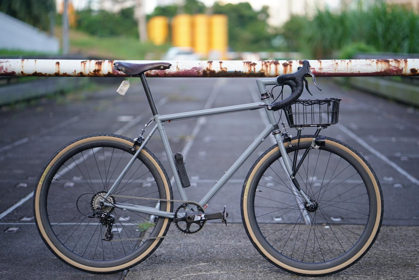Readers' Rides: Galen's Ritchey Basket Breakaway from Singapore