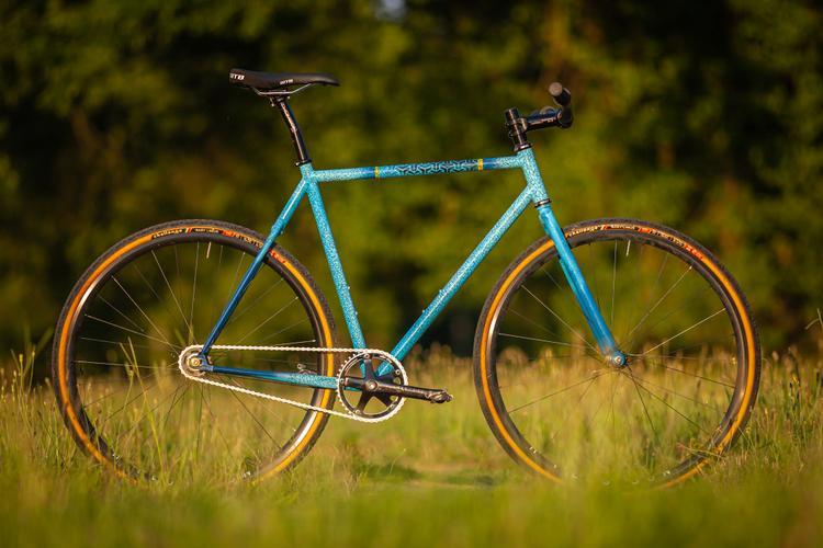 The Winner of the Squid Bikes LA Regional Foodbank SO-EZ Tracklocross Frame