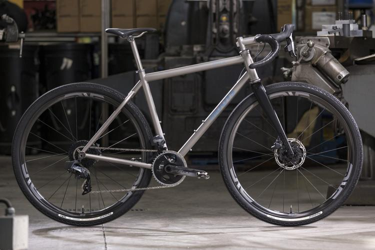 Moots: Routt Family of Gravel Bikes Get Wide