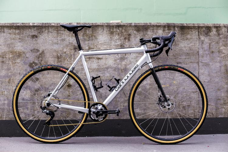 Readers' Rides: Theo's Custom Polished '95 Track Cannondale CAADX