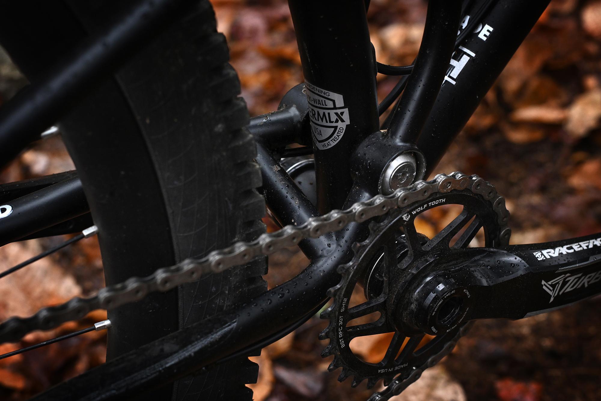 Kris Henry on His New 44 Bikes Full Suspension Steel MTB: the Snakedriver