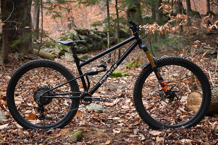 Kris Henry on His New 44 Bikes Full Suspension Steel MTB: the Snakedriver